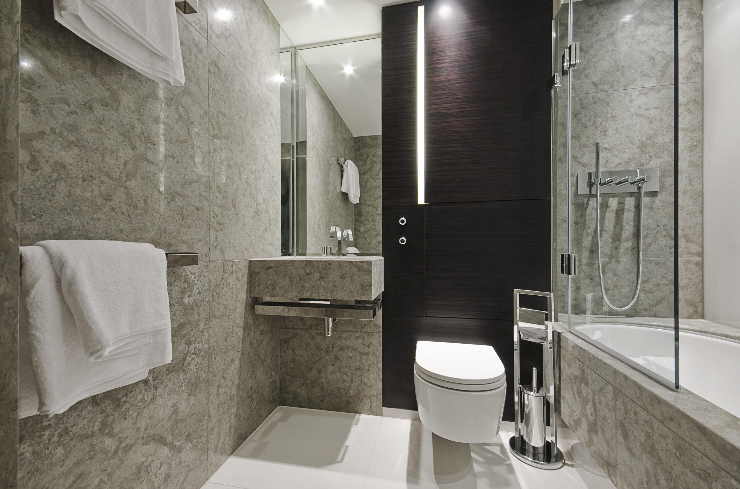 Glass Bath Screens